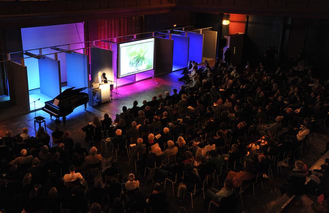 """Konferenz """"Farbe in der Bildung"""" 2010"""
